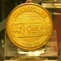 The English Premier League Winners' Medal (Manchester United Museum) - edwin.11 - CC BY 2.0